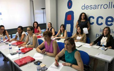 Gómez de la Flor Abogados y Consultores imparte formación a medida para empresas y emprendedores