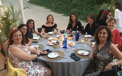 Mª Eugenia Gómez de la Flor asiste a la cena de verano de asociadas de EVAP