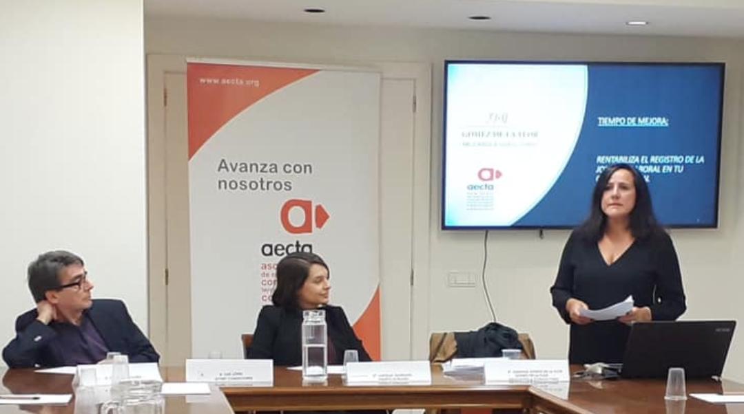 Gómez de la Flor participa en la jornada «Tiempo de mejora» rentabiliza el registro de la jornada